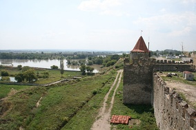 The Dniester at the Moldavian fortress of Tighina.