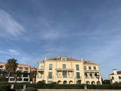 Villa Italia was the abode of the exiled King of Italy for forty years in Cascais. It is now used as a hotel.
