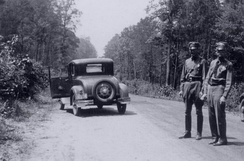 The road in the Louisiana woods where Barrow and Parker died 32°26′28.21″N 93°5′33.23″W / 32.4411694°N 93.0925639°W / 32.4411694; -93.0925639 (Site of Bonnie Parker and Clyde Barrow Ambush)