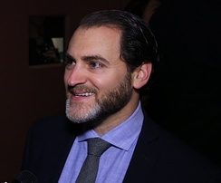 Stuhlbarg at the 30th Artios Awards in 2016