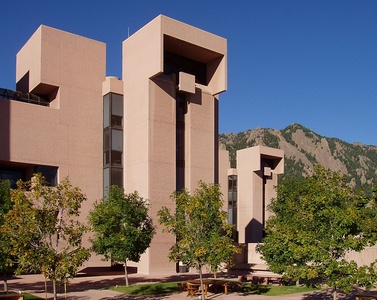The National Center for Atmospheric Research in Boulder, Colorado by I. M. Pei (1963–67)