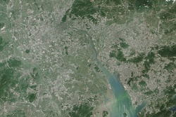 2014 NASA Earth Observatory image of Pearl River Delta.jpg