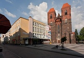 St. Nicholas Church and Brzeski Dom Kultury cultural centre