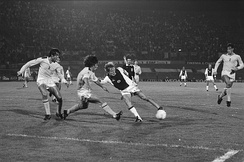 Notable Spurs players of the early 1980s include Steve Perryman, Osvaldo Ardiles, and Glenn Hoddle. Ajax vs Spurs 1981.