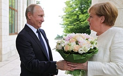 Putin held a meeting in Sochi with German Chancellor Angela Merkel to discuss Nord Stream 2 gas pipeline, 18 May 2018