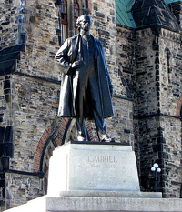 Joseph-Émile Brunet's Sir Wilfrid Laurier (1953) in Square Dorchester, Montreal