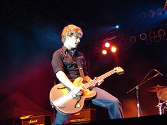 Thiessen performing with Relient K in 2006