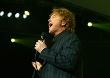 Two-time winner Simply Red