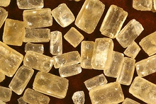 Brown and white sugar crystals