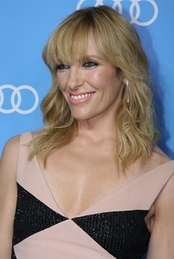 Toni Collette, Best Supporting Actress in a Movie/Limited Series winner