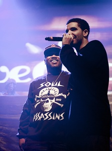 Drake performing alongside Bun B in 2011
