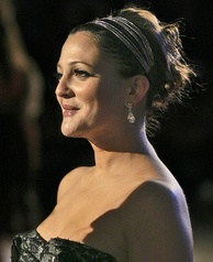 Barrymore at the 2007 premiere of Music & Lyrics
