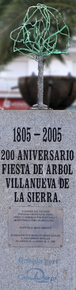 The naturalist Miguel Herrero Uceda at the monument to the first Arbor Day in the world, Villanueva de la Sierra (Spain) 1805