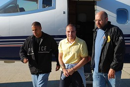 Juan Carlos Ramírez Abadía being extradited to face charges in the United States.
