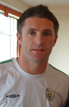 Keane with the Ireland national team in 2004