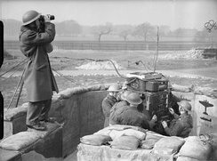 Spotter and predictor operators at a 4.5-inch HAA gun site in Leeds, 20 March 1941.
