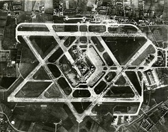 Aerial photo of Heathrow Airport from the 1950s, before the terminals were built