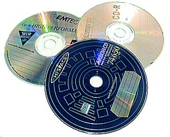 The CD-R disc is currently the most common medium for homemade mixes