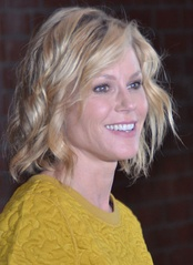 Julie Bowen, Outstanding Supporting Actress in a Comedy Series winner