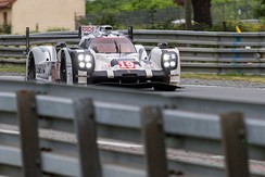 The #19 Porsche 919 Hybrid Bamber co-drove with Hülkenberg and Tandy to win the 2015 24 Hours of Le Mans