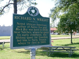 Commemorative plaque honoring Richard Wright at Natchez