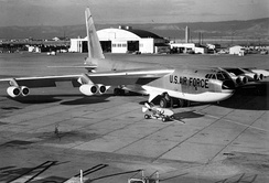 A B-52D with anti-flash white on the under side