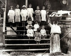 Many Portuguese immigrants in Hawaii were Azorean or Madeiran.