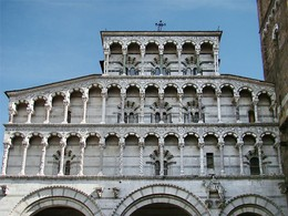 The arcading on the facade of Lucca Cathedral, Tuscany (1204) has many variations in its decorative details, both sculptural and in the inlaid polychrome marble.
