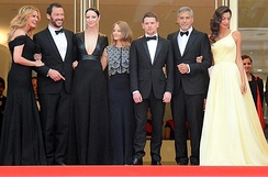 Foster (center) with the stars of Money Monster at the 2016 Cannes Film Festival.