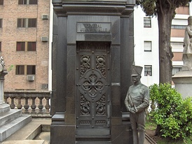 Tomb of General and Governor Juan Lavalle.