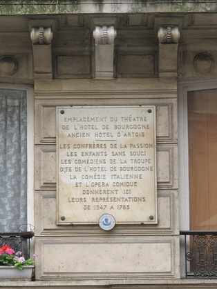 Plaque near the location of the former theatre of the Hôtel de Bourgogne