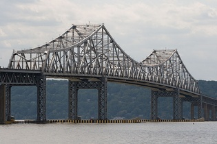The Tappan Zee Bridge, presently connecting southern Westchester and Rockland counties