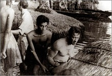 Chandran Rutnam and William Holden while shooting The Bridge on the River Kwai.
