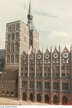 The Hanseatic League was a powerful economic and defensive alliance that left a great cultural and architectural heritage. It is especially renowned for its Brick Gothic monuments, such as Stralsund's St. Nikolai Church and its City Hall, shown here. UNESCO lists the old town of Stralsund, together with Wismar, as a World Heritage Site.
