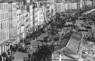 Evacuation of the Old Port