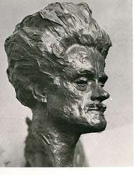 A bust of Hugh MacDiarmid sculpted by William Lamb in 1927