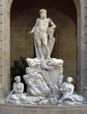 Neptune (1802), by Catalan sculptor Nicolau Travé, together with two nereids by Antoni Solà. Barcelona: Llotja de Mar.