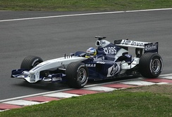 Heidfeld driving the FW27 for Williams at the 2005 Canadian Grand Prix.