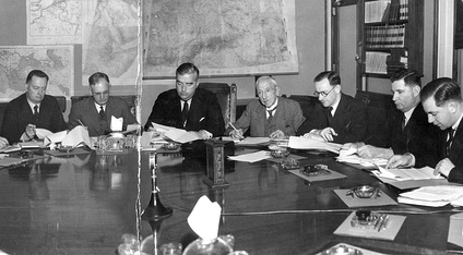 Six Australian prime ministers – Forde, Curtin, Menzies, Hughes, Fadden and Holt – at a meeting of the Advisory War Council in 1940. Percy Spender (Minister for the Army) seated third from the right.