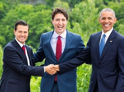 President Peña Nieto with Prime Minister Justin Trudeau of Canada and President Barack Obama of the United States at the 2016 North American Leaders' Summit