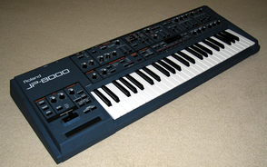 Roland JP-8000, a synthesizer famous for its incorporation of the supersaw waveform