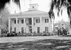 The Big House at D'Evereux Plantation. Built in 1840, the mansion is listed on the National Register of Historic Places.