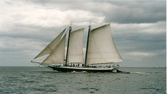 Grace Bailey (schooner), in Knox County