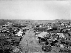 The U.S.-Mexico border in Nogales in 1898: International Street/Calle Internacional runs through the center of the image between Nogales, Sonora (left), and Nogales, Arizona (right). Note the wide-open nature of the international boundary. A Customs House is located near the center of the image.