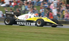 Leclère demonstrating a Renault RE40 F1 car at Donington Park in 2007.