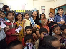 Ivian Sarcos, Miss World 2011 at a school in Mumbai, India