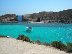 Blue Lagoon Bay between Comino and Cominotto island