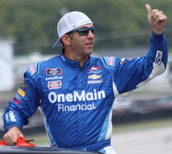 Elliott Sadler finished second behind Suárez in the championship.