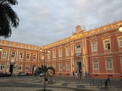 The first University of Medicine of the country, is located in Pelourinho. Nowadays it is a museum.