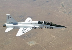 T-38 Talon over Edwards AFB.jpg